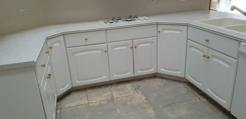 Before & After Kitchen Cabinet Painting in Naperville, IL (5)
