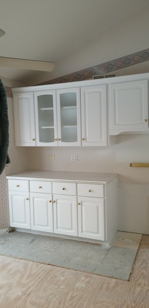 Before & After Kitchen Cabinet Painting in Naperville, IL (7)