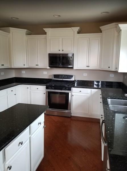 Before, During, and After Cabinet Painting in Naperville, IL (3)
